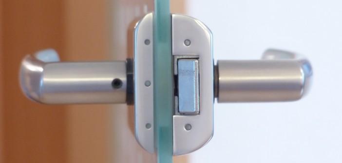 door-lock-123176_960_720